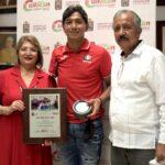 Entrega Gobierno de Culiacán reconocimiento al destacado deportista paralímpico Juan Diego García López
